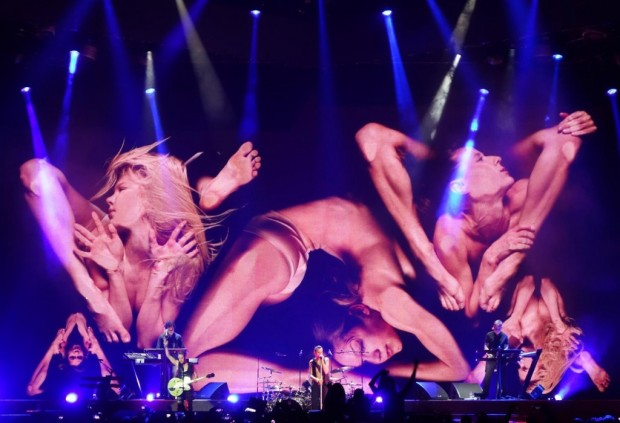 Depeche-Mode-Live-In-Berlin-620x423