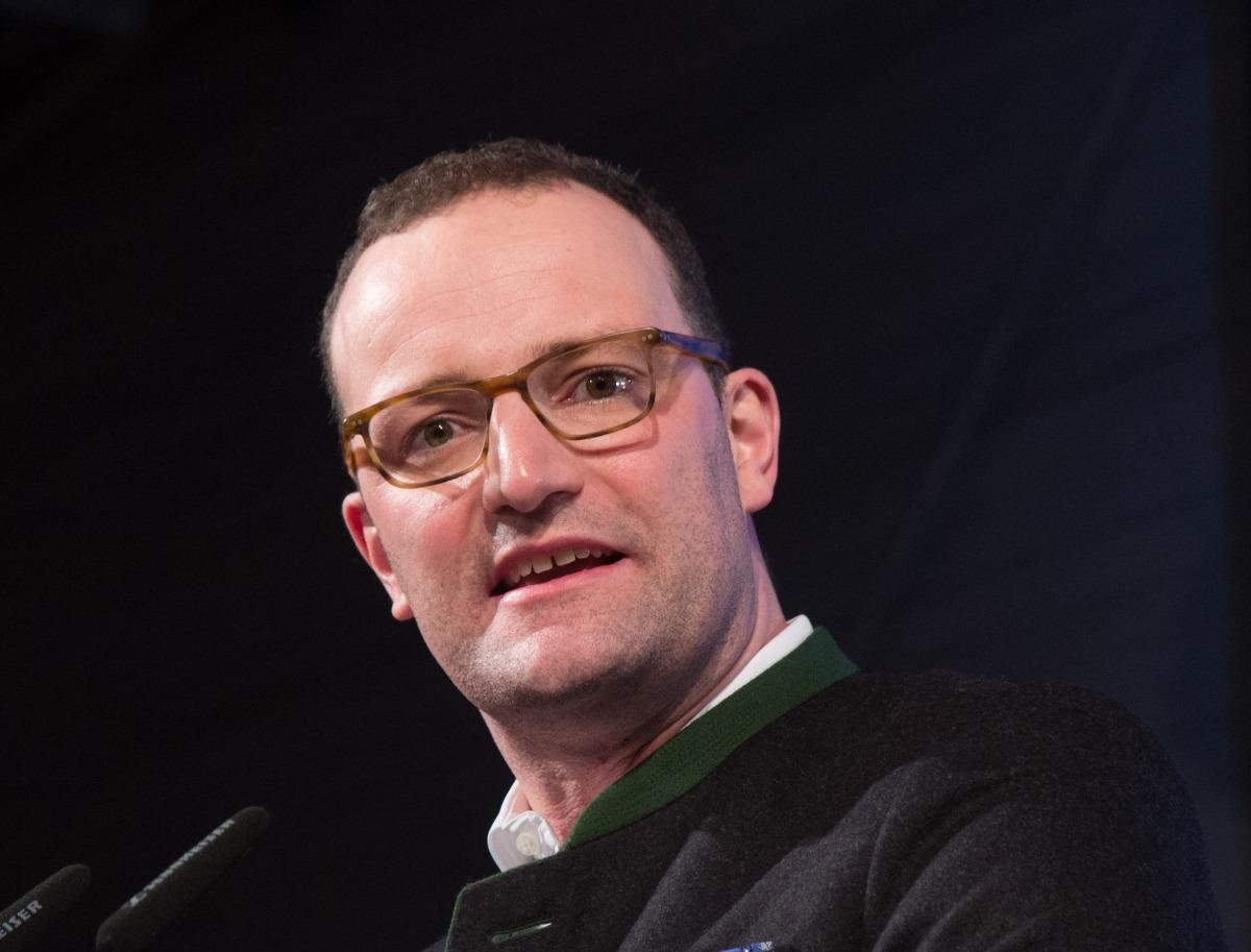Gesundheitsminister Jens Spahn will psychisch Kranken den Zugang zu Therapie noch weiter erschweren - Petition gegen den Gesetzentwurf zum Terminservice- und Versorgungsgesetz (TSVG) für Heilberufe